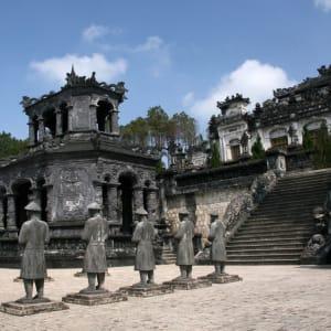 Vietnam für Geniesser ab Hanoi: Hue: Thien Dinh Palace (UNESCO