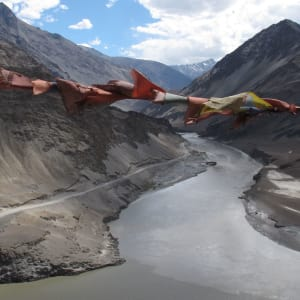 Ladakh luxuriös ab Leh: indus river