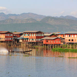 La fascination du Myanmar – un pays en mutation de Yangon: Inle Lake