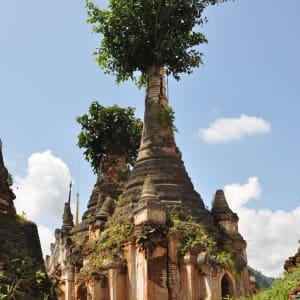 Au pays des temples et des pagodes de Yangon: Inle Lake Inn Thein Pagodas
