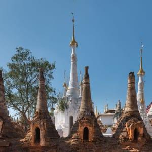 La fascination du Myanmar – un pays en mutation de Yangon: Inle Lake Inn Thein Pagodas