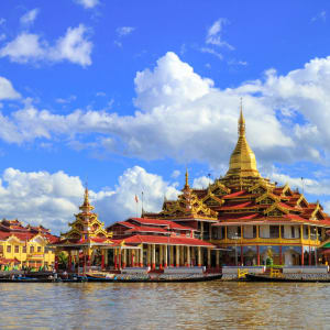 Mythes et légendes du Myanmar de Yangon: Inle Lake Phaung Daw Oo Pagoda