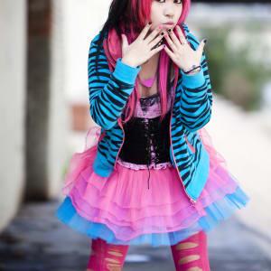 Contrastes du Japon de Tokyo: Japan: Young japanese punk girl