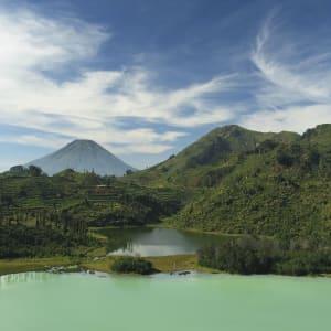 Java-Bali Kompakt ab Yogyakarta: Java Dieng Plateau Telaga Warna Lake