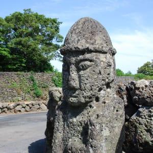 Gruppenreise «Südkorea - Land der Morgenstille» ab Seoul: Jeju Dolharubang statue