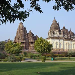 Taj Mahal & Tiger Safaris ab Delhi: Khajuraho: temple