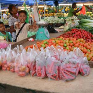 Les hauts lieux de Bornéo option longhouse de Kuching: Kota Kinabalu Market