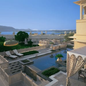 The Oberoi Udaivilas in Udaipur: view to lake