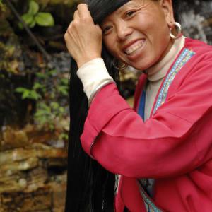 China aktiv erleben ab Peking: Longsheng: Yao lady with long hair