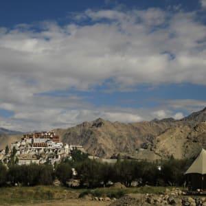 Ladakh luxuriös ab Leh: luxury suite tent sand exterior