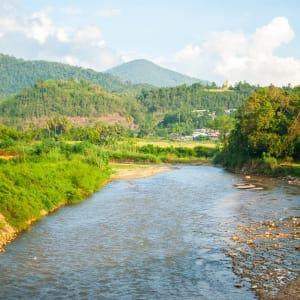 Circuit en voiture de location Mae Hong Son de Chiang Mai: Mae Sariang: river