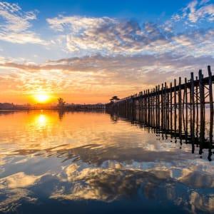 Le pays doré de Yangon: Mandalay Amarapura U-Bein Bridge