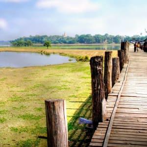 Le pays doré de Yangon: Mandalay Amarapura U-Thein Bridge