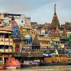 Reise zum heiligen Ganges ab Delhi: Manikarnika Ghat on Gange, Varanasi