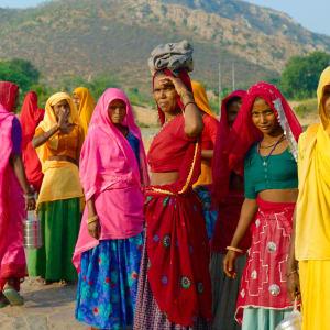 Aman Geniesser-Reise ab Jaipur: Meena women