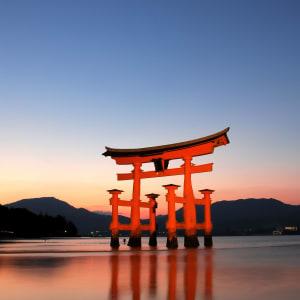 Circuit en groupe «Geisha» de Tokyo: Miyajima: Tori Itsukushima Shrine