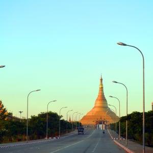 La fascination du Myanmar – un pays en mutation de Yangon: Naypyitaw: capital of Myanmar