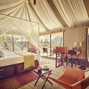 Ladakh luxuriös ab Leh: nubra tent exterior interior
