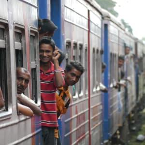 Les hauts lieux du Sri Lanka de Colombo: Nuwara Eliya: train ride Sri Lanken way