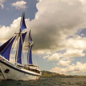 Kreuzfahrt im Inselparadies Raja Ampat ab Sorong: Ombak Putih Sailing Home