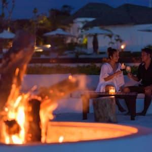 The Royal Sands Koh Rong in Sihanoukville & Inseln: Bonfire