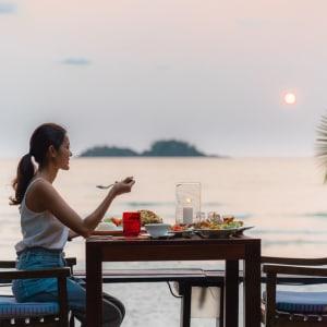 Centara Koh Chang Tropicana in Ko Chang: Dinner with a view