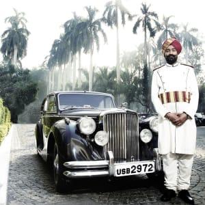 The Imperial in Delhi: Jaguar at the main porch