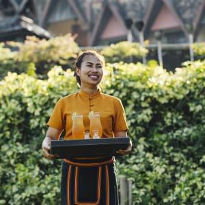 Anantara Golden Triangle Elephant Camp & Resort à Triangle d'Or: Service Ice Tea
