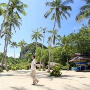Individuelles Inselhüpfen in der Bucht von Phang Nga ab Phuket: opinion: Service under the palms