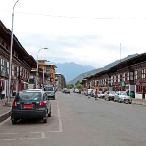 Himalaya Reise für Entdecker ab Bagdogra: Paro: main road