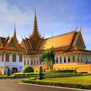 Von Angkor nach Phu Quoc ab Siem Reap: Phnom Penh Royal Palace