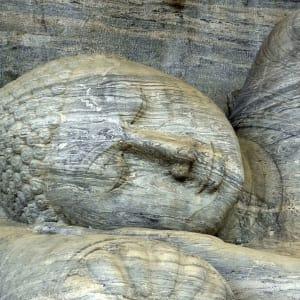 Les hauts lieux du Sri Lanka de Colombo: Polonnaruwa: Buddha