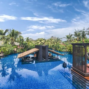 The St. Regis Bali Resort in Südbali: Aerial Salt Water Lagoon