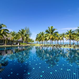 The Sands Khao Lak by Katathani: Beachside Pool