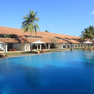 Avani Bentota Resort: Daytime view with the pool