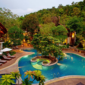 The Tubkaak Krabi Boutique Resort: Free-form pool
