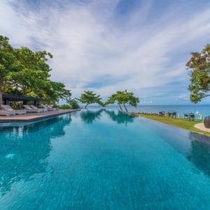 Amorita Resort in Bohol: Infinity Pool