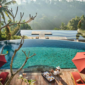 Jannata Resort & Spa in Ubud: infinity pool and main pool