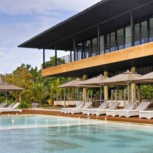 Amorita Resort in Bohol: Infinity Pool (East Wing)
