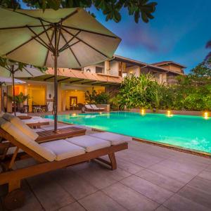 Aditya Resort in Hikkaduwa: Main Pool