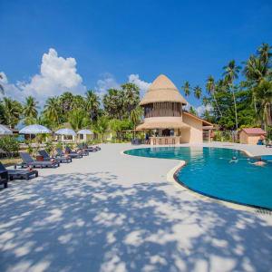 Sivalai Beach Resort in Ko Mook: Pool