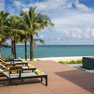Dusit Princess Moonrise Beach Resort à Phu Quoc: Pool and Beach View