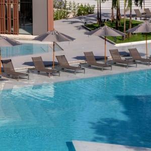 La Vela Khao Lak: Pool Chairs