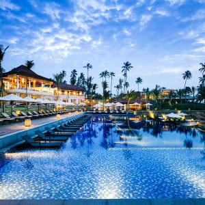 Anantara Peace Haven Tangalle Resort: Pool Evening