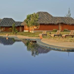 Evolve Back Kuruba Safari Lodge à Parc national de Nagarhole: Pool Huts & Pool