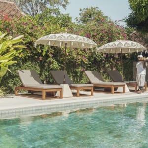 The Pavilions Bali in Südbali: Pool Service
