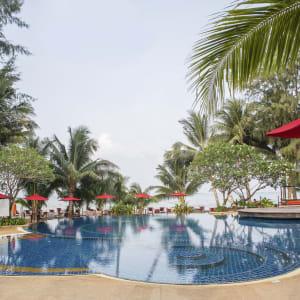 Centara Koh Chang Tropicana in Ko Chang: Sea breeze pool