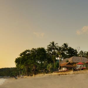 Sudamala Suites & Villas Lombok: Sudamala Suites & Villas Senggigi - from the beach