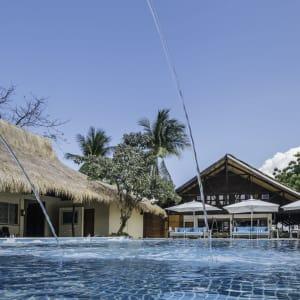 Club Paradise Palawan: Swimming Pool