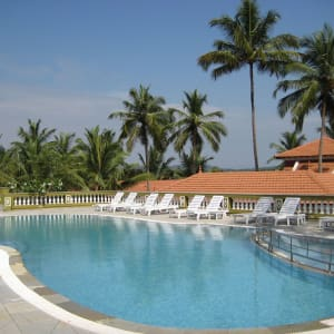 Mercure Goa Devaaya Retreat: Swimming Pool